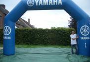 Yamaha boog met geknikte hoeken